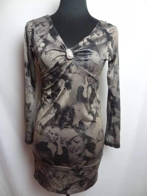 Une robe issue d'une balle de friperie