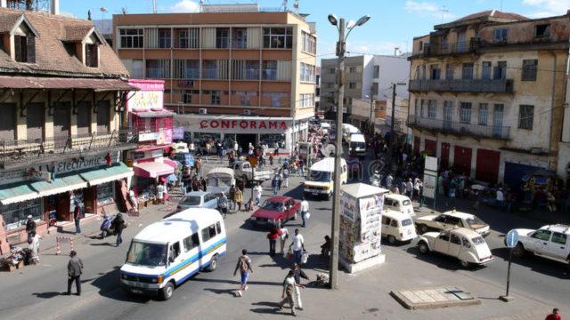 Quelques trafics routiers dans la ville d'Antananarivo