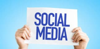 Site internet vs Réseaux sociaux