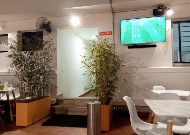 L'entrée des toilettes de la galerie Urbania