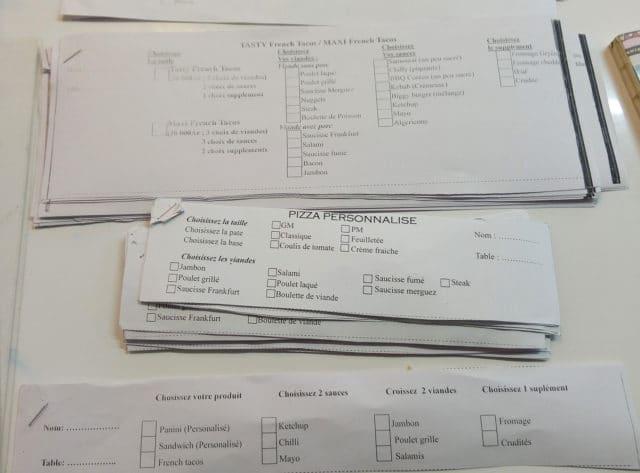 Les papiers à cocher pour passer commande