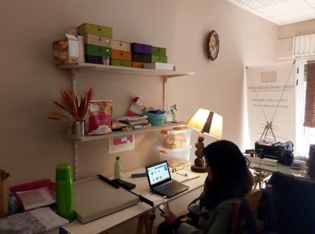 Un bureau cozy avec une bonne ambiance
