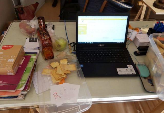 Le bureau où toutes les commandes Écris moi un biscuit passent