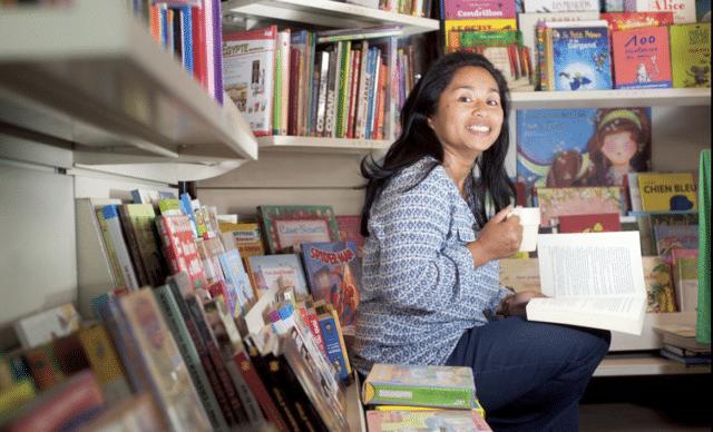 Voahirana Ramalanjaona, Présidente de l'ALM et gérante de la librairie-café Milles-Feuilles