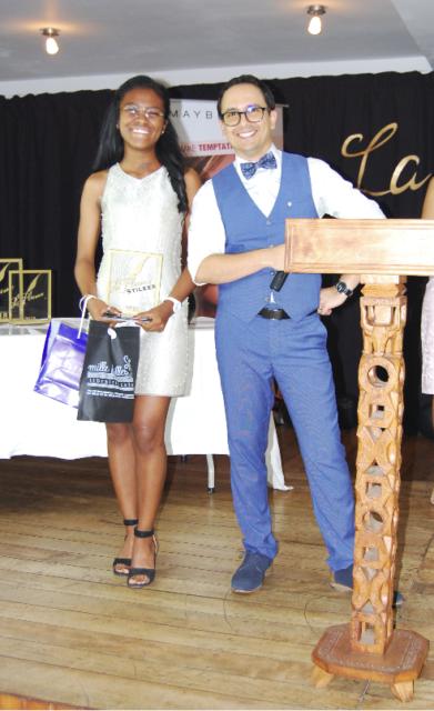 La candidate #25, Fanilo Rindramanjaka Rabesetra, récompensée pour sa 3e place au concours
