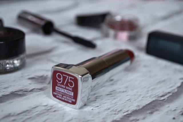 Le rouge à lèvres Color Sensationnal numéro 975