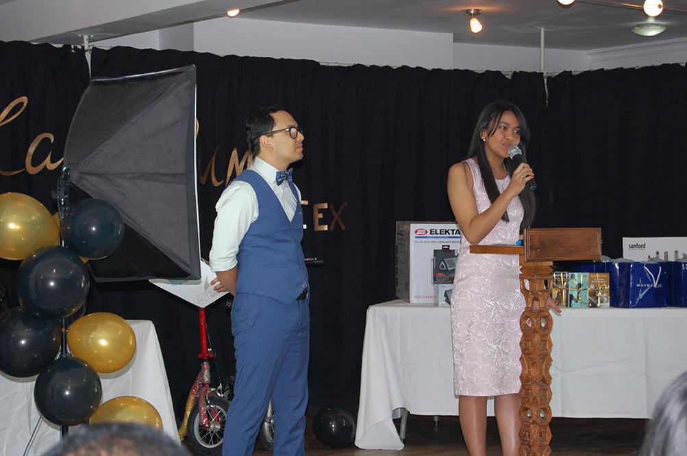 Simon et Meva, maîtres de cérémonie lors de la remise des prix