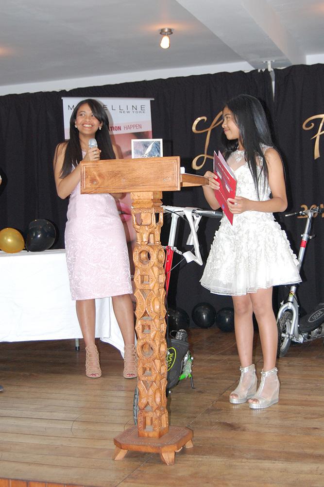 La jeune Plume 2018, Ny Tsiky Harindranto Rakotoarimananjatovo, contente de ses lots