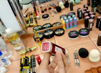 Stileex à la formation maquillage dans les locaux de Maybelline!!