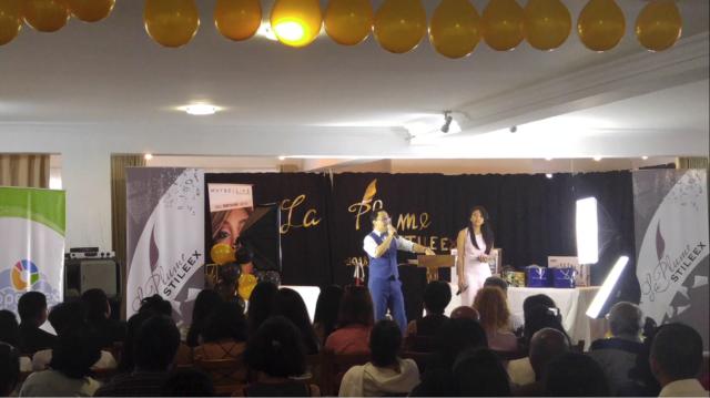 Le directeur de publication de la revue Stileex, Simon Lee, a inauguré la cérémonie de remise des prix avec un discours inspirant