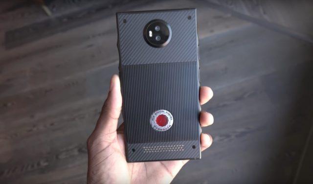 RedHydrogen One sera doté d'un écran holographique