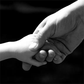Tendons la main à ces enfants dans le besoin