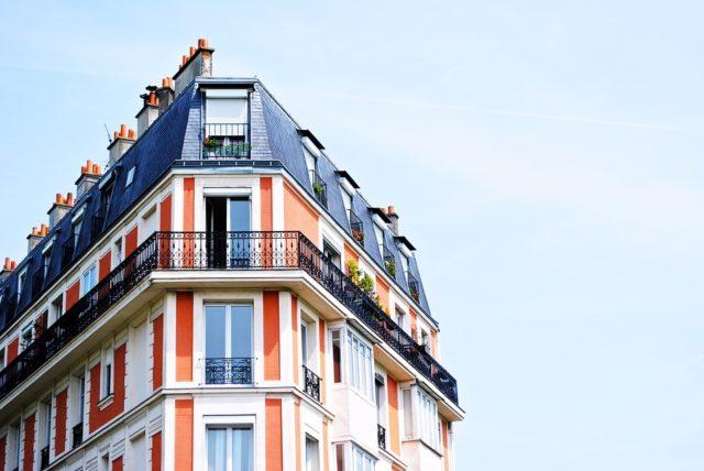 Les étrangers peuvent acquérir un immeuble à partir de R+2