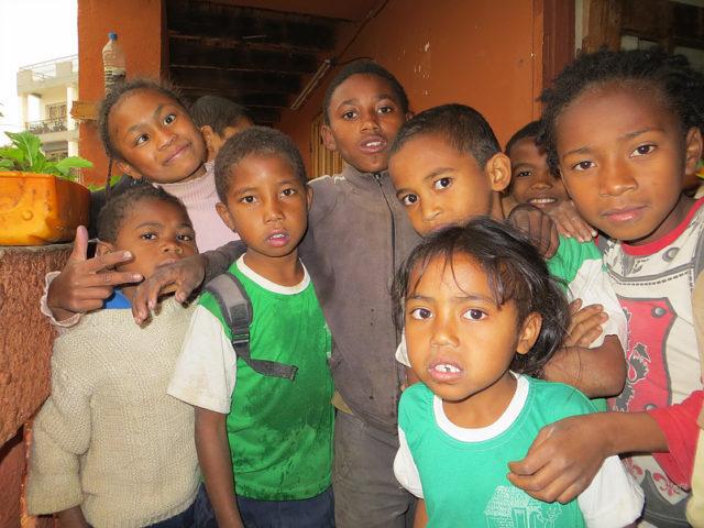 Quelques uns des enfants recueillis au centre Tsimoka