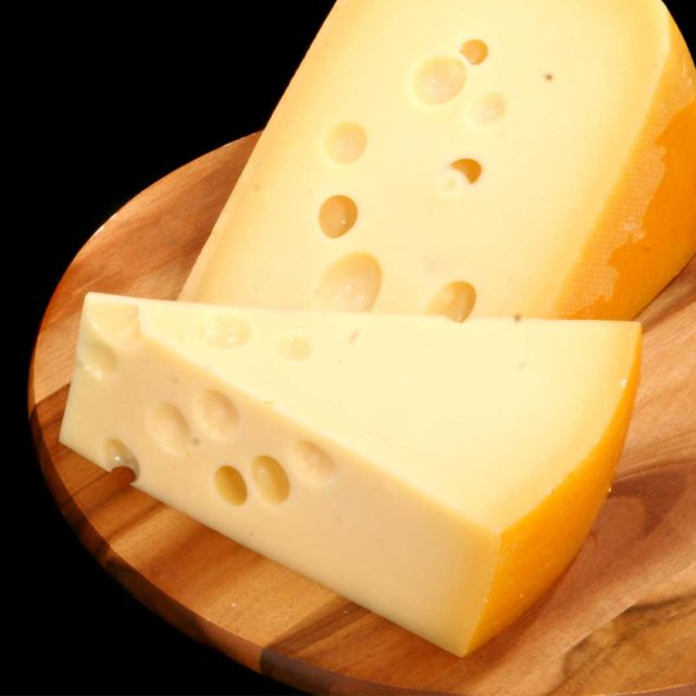 Optez pour les fromages non pasteurisés! C'est mieux pour la flore intestinale