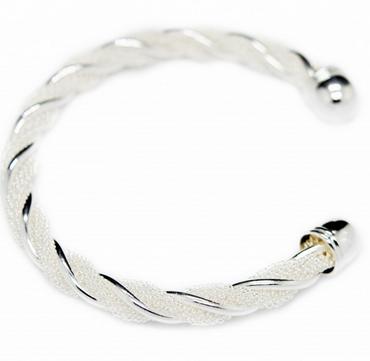 Bracelet jonc torsadé argent, le meilleur des bijoux discount à 19,99 €