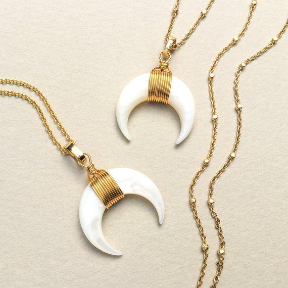 Collier clair de lune: un bijou fantaisie pas cher pour 19 €