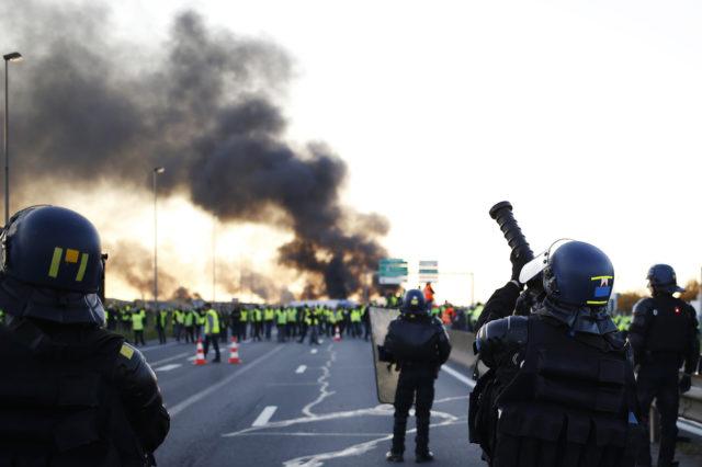 Les manifestations ont débuté le 17 novembre 2018 par des blocages routiers
