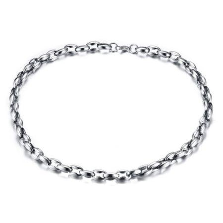 Le collier chaîne est carrément un indémodable