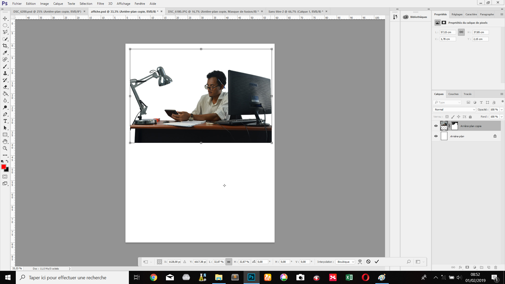 See the need to properly cut an image to create a poste