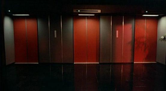 Retrouvez l'ascenseur par lequel vous êtes arrivé, sinon vous resterez coincé