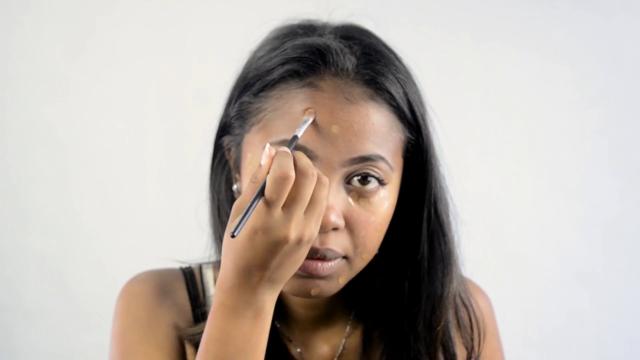 Que vous soyez débutante ou pro en makeup, le teint est une étape cruciale