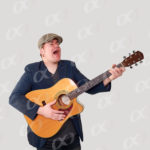 Finder, guitare acoustiqe, homme