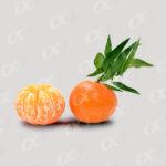 Orange entière et épluchée
