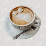 Tasse de café, meringues