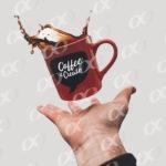 Tasse de café, une main