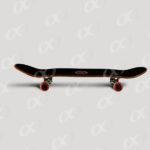 Une planche de skateboard 4