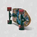 Une planche de skateboard 6