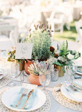Invitez la nature à votre table pour la décoration de votre mariage