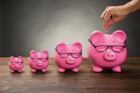 """""""Je dois économiser"""" ou """"on ne vit qu'une fois"""", il vaut mieux dépenser?"""