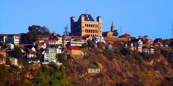 La capitale de Madagascar, couronnée par le grand Rova de Manjakamiadana