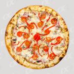 Pizza tracée avec tomate et poivron