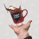 Tasse de cafe, une main