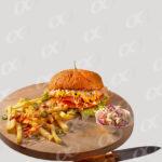 Un hamburger avec frites