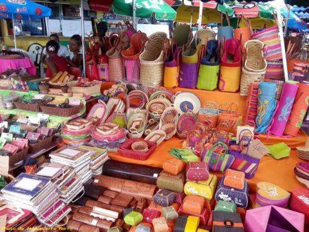 La vannerie ou l'art malagasy coloré