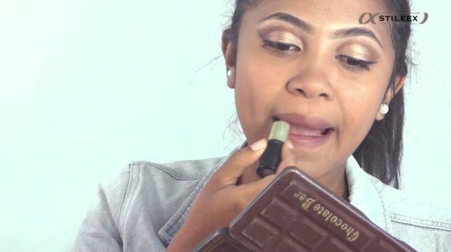 Le 11è commandement, des yeux foncés tu auras, une bouche claire tu préfèreras