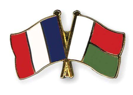 Pour promouvoir l'art malagasy en France les deux pays ont su rester en bon terme