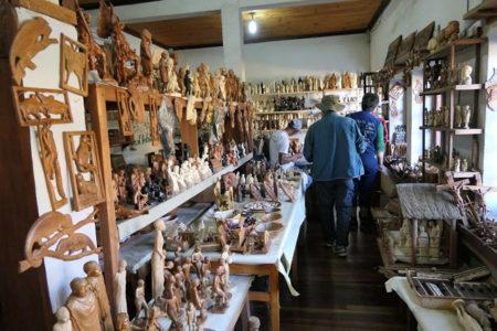 L'art malagasy en France se vend partout dans le pays