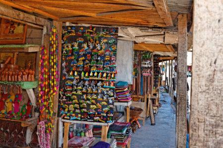 Le marché de la Digue, idéal pour la vente d'art malagasy