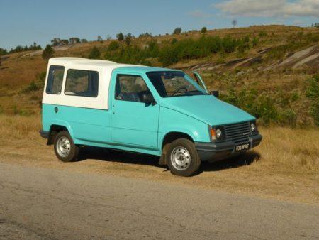 Le modèle Faoka, une belle voiture très pratique en ville qu'en route