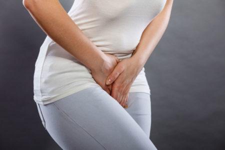 Les démangeaisons au niveau des parties intimes, signe externe de la mycose vaginale
