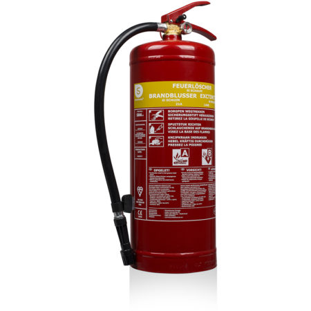L'extincteur à mousse éloigne le risque de propagation du feu