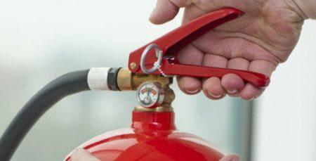 Visez à prendre le bon type d'extincteur pour selon la catégorie du feu