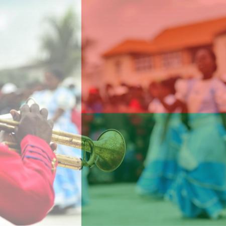 De la même manière que les chants traditionnels, l'hymne national malgache prône les couleurs et la particularité de l'île