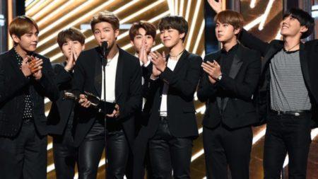 Premio de música BTS aux Billboard 2017
