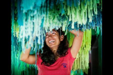 Tatiana Patchama l'artiste commissaire de l'exposition  «Jeux d'Artifices»